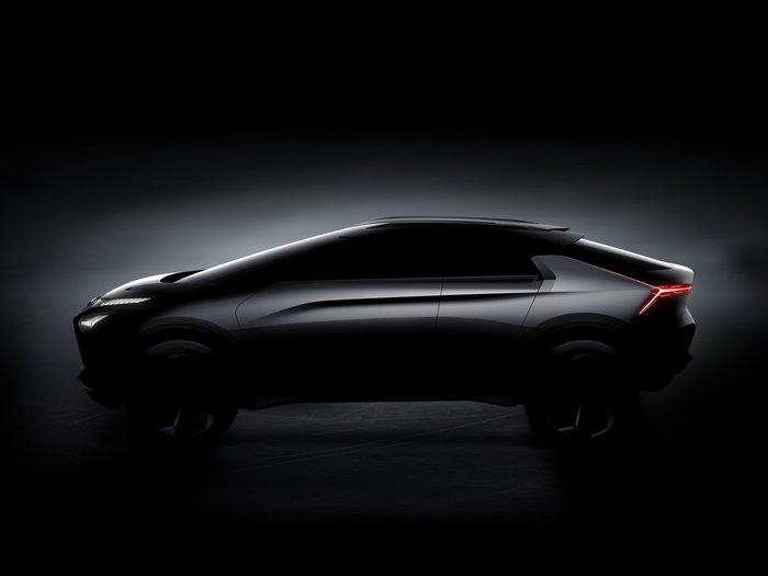 Αποκάλυψη για το Mitsubishi e-Evolution concept στο Τόκιο - εικόνα 2