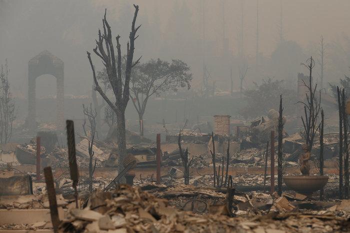 Καλιφόρνια: 15 νεκροί & 150 αγνούμενοι από τις φωτιές - εικόνα 3