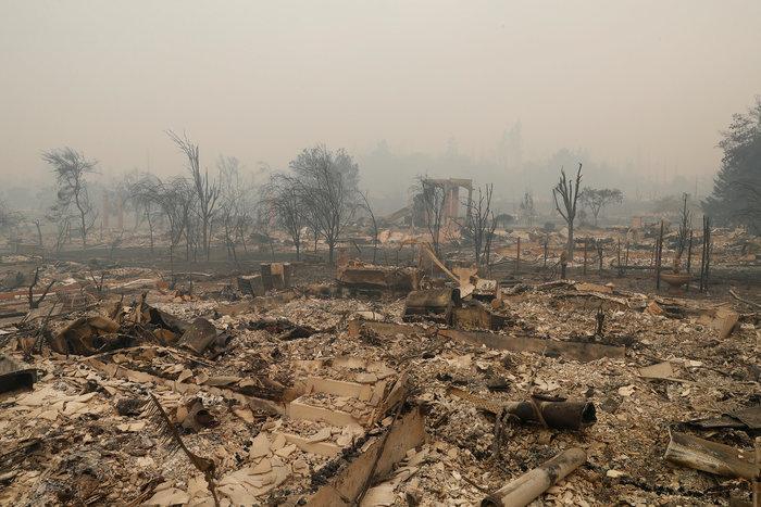 Καλιφόρνια: 15 νεκροί & 150 αγνούμενοι από τις φωτιές - εικόνα 5