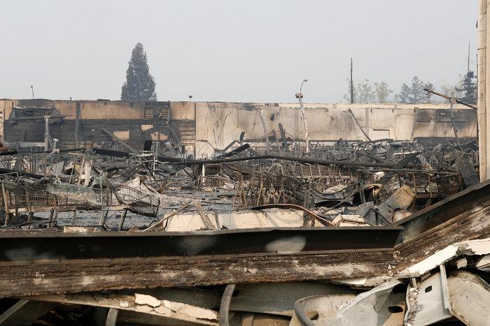 Καλιφόρνια: 15 νεκροί & 150 αγνούμενοι από τις φωτιές - εικόνα 6