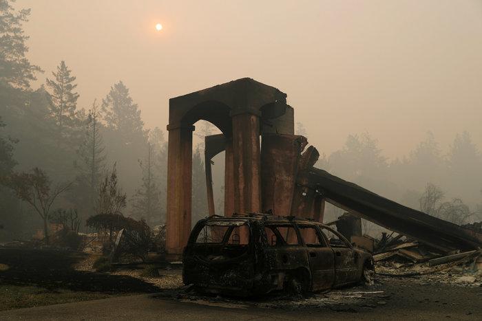 Καλιφόρνια: 15 νεκροί & 150 αγνούμενοι από τις φωτιές - εικόνα 8