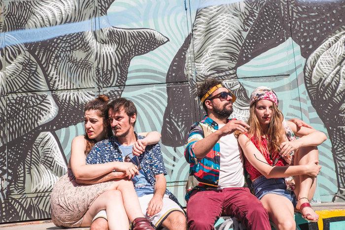 «Καλιφόρνια Ντρίμιν» για 2η χρονιά στο θέατρο Επί Κολωνώ - εικόνα 2