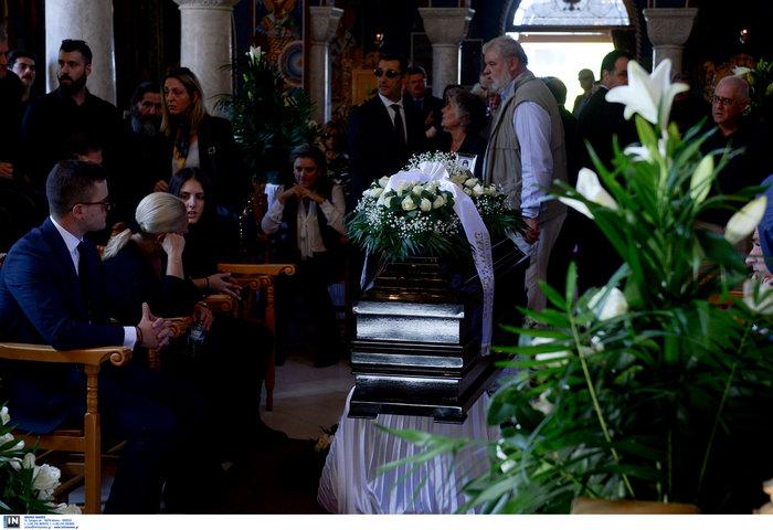 Το τελευταίο αντίο στον ποινικολόγο Μιχάλη Ζαφειρόπουλο - εικόνα 13