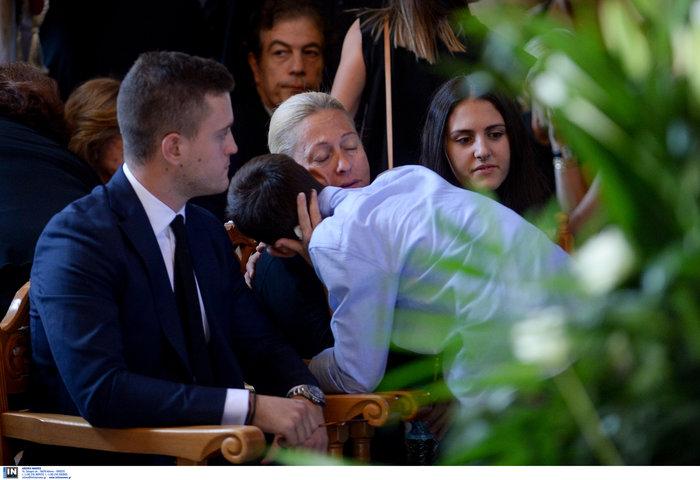 Το τελευταίο αντίο στον ποινικολόγο Μιχάλη Ζαφειρόπουλο - εικόνα 16