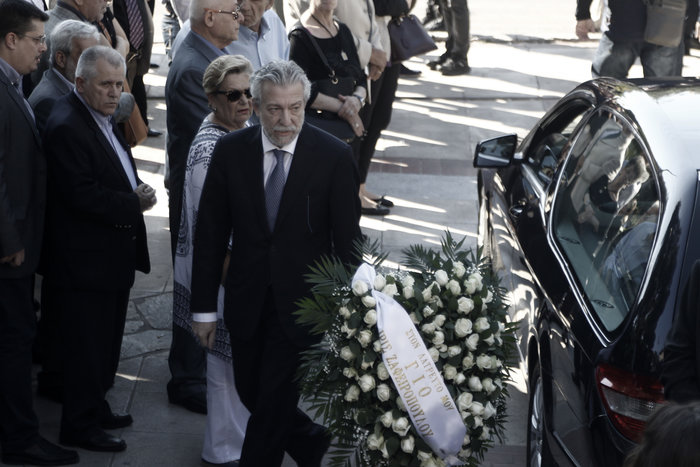 Το τελευταίο αντίο στον ποινικολόγο Μιχάλη Ζαφειρόπουλο - εικόνα 3