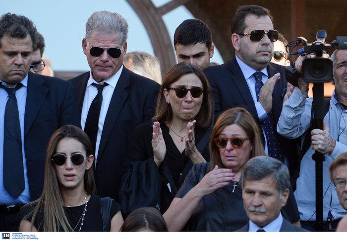 Το τελευταίο αντίο στον ποινικολόγο Μιχάλη Ζαφειρόπουλο - εικόνα 24