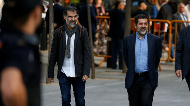 sti-fulaki-oi-igetes-twn-autonomistwn-stin-katalonia