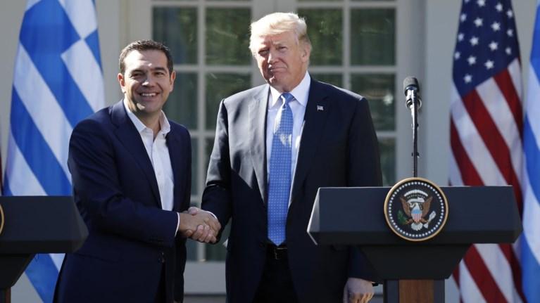 to-paraskinio-tou-tet-a-tet-tsipra-trampti-dwsame-ti-pirame