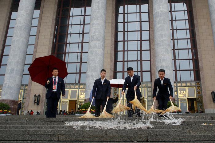 Σι Τζινπίνγκ: Αναγέννηση της Κίνας με εξωστρέφεια και μεταρρυθμίσεις - εικόνα 11