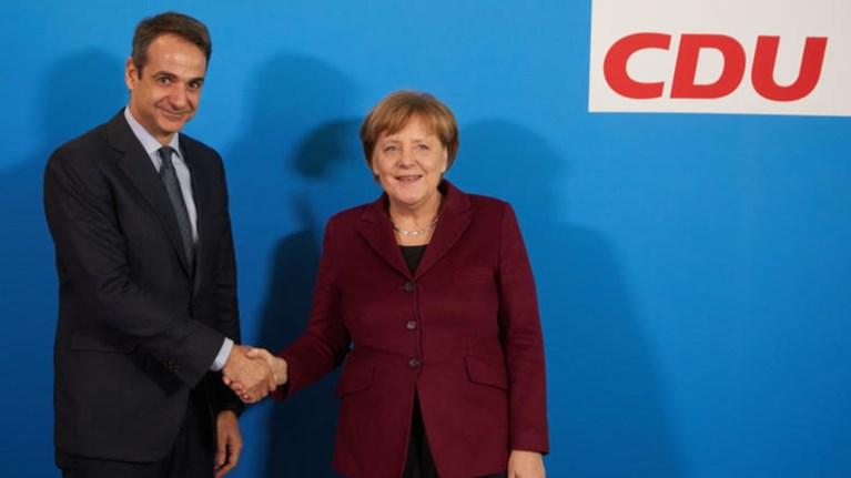 Πρώτο τετ α τετ Μητσοτάκη- Μέρκελ μετά τις γερμανικές εκλογές