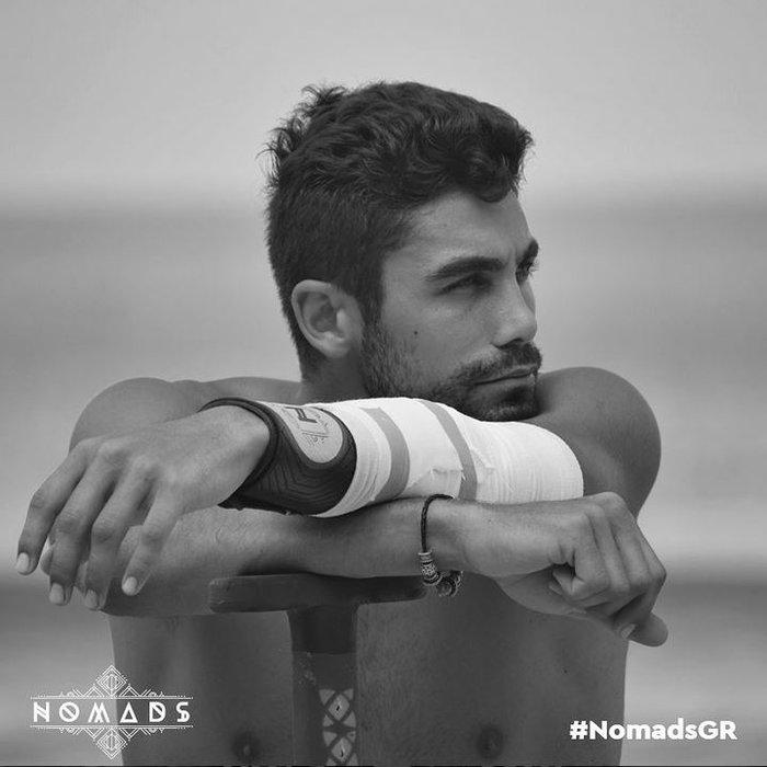 Nomads: Ο «τζέντλεμαν» που αποχώρησε για να μην τα βάλει με γυναίκα - εικόνα 2