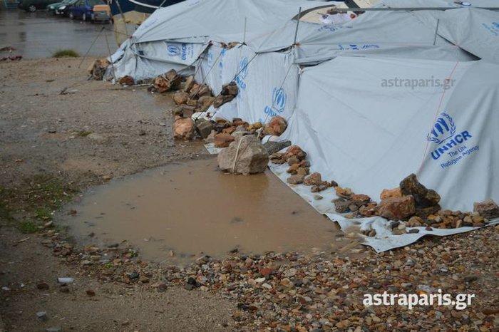 Εικόνες ντροπής στους προσφυγικούς καταυλισμούς του Β. Αιγαίου - εικόνα 6