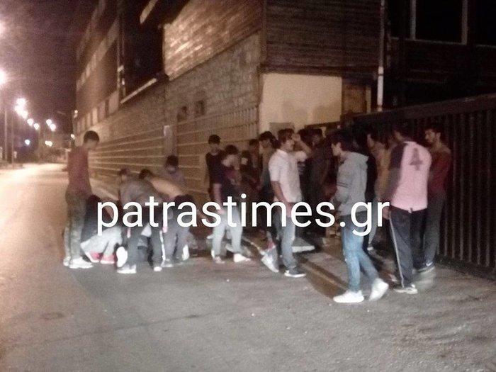 Μαχαίρωσαν μετανάστες στην Πάτρα-Ενας βαριά τραυματίας