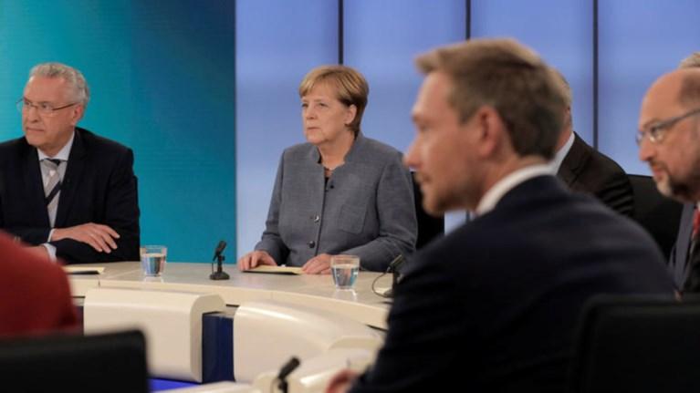 Μετ' εμποδίων οι συζητήσεις για την κυβέρνηση στη Γερμανία