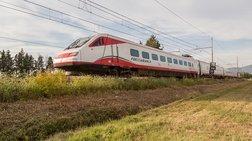 erxetai-to-treno-leuko-belos-gia-athina---thessaloniki-se-35-wres