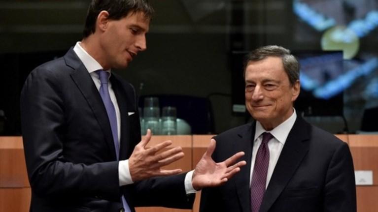 parembasi-ntragki-sto-eurogroup-gia-pleistirismous--apoxi-sumbolaiografwn