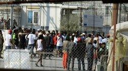"""""""Εκρηκτική"""" η κατάσταση στα νησιά: Στους 15.000 οι πρόσφυγες"""