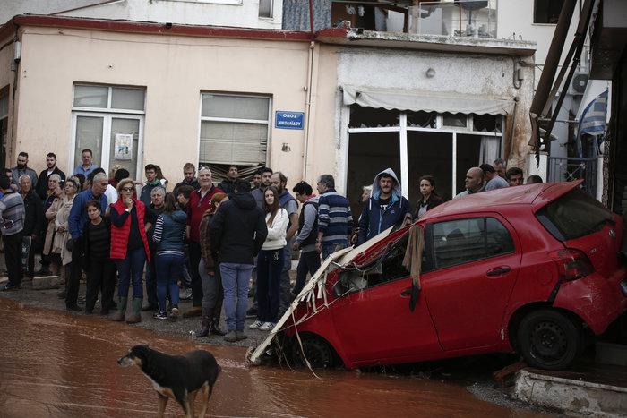 Επτά οι νεκροί στη Μάνδρα - Συνεχίζονται οι απεγκλωβισμοί - εικόνα 2