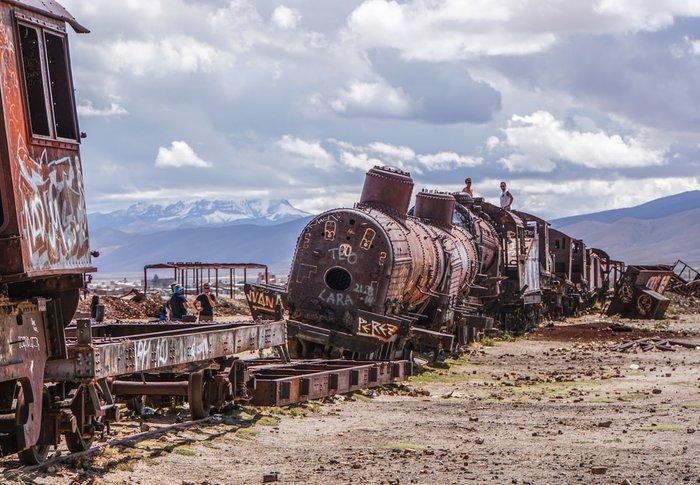 Pamela Jones – Νεκροταφείο τρένων, Βολιβία