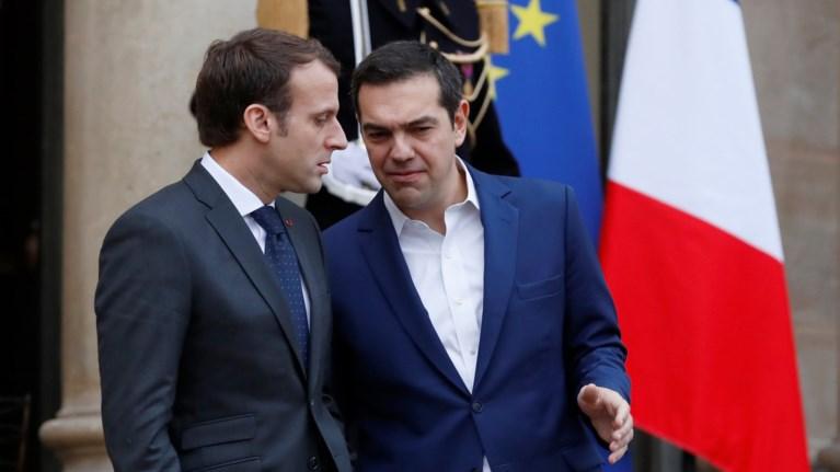 o-egkardios-apoxairetismos-tsipra---makron-meta-to-prwino-sto-elize