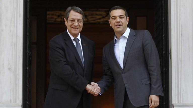 tilefwnima-tsipra---anastasiadi-prin-tin-episkepsi-erntogan