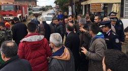 Διαμαρτυρίες κατά Σκουρλέτη για τις ζημιές από τις πλημμύρες