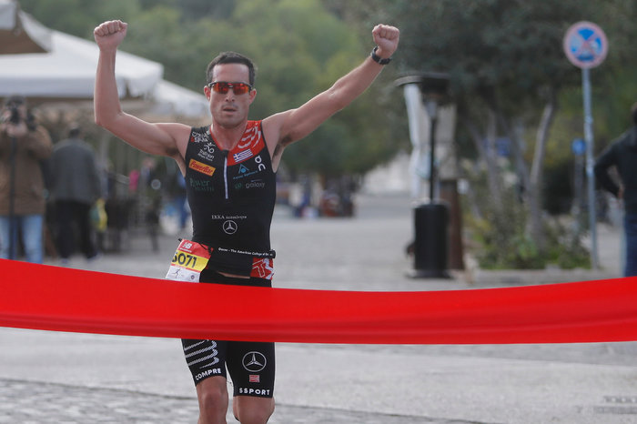Ο νικητής της διαδρομής των 5 χιλιομέτρων, Σπύρος Γκότζιας
