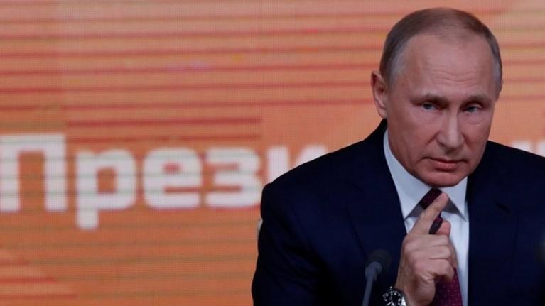 Ο Πούτιν ανακοίνωσε την υποψηφιότητά του ως ανεξάρτητος