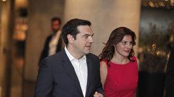 pou-tha-perasei-tis-diakopes-twn-xristougennwn-o-tsipras