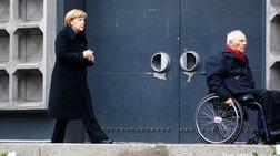 Ο Σόιμπλε δείχνει στη Μέρκελ και μια κυβέρνηση μειοψηφίας