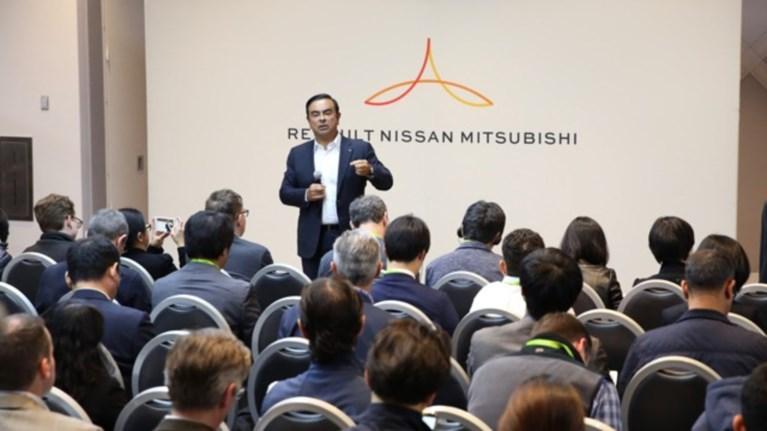 venture-capital-1-dis-dolariwn-apo-tin-summaxia-nissan-renault-mitsubishi