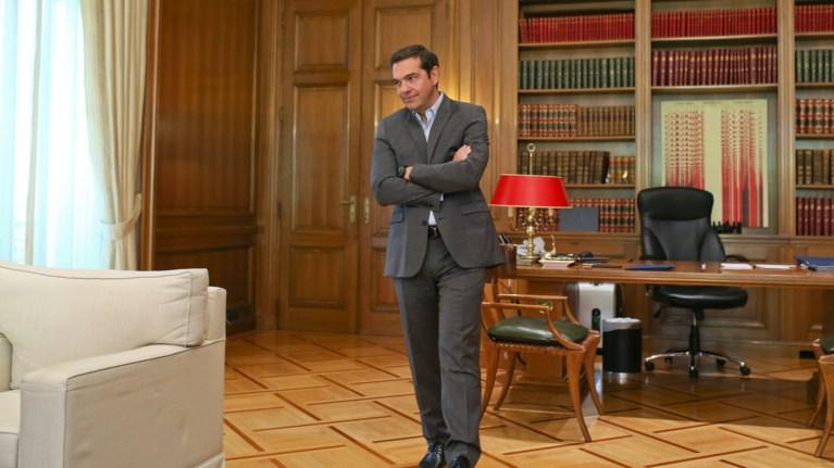 se-politiko-narkopedio-gia-ton-tsipra-ekselissetai-to-skopiano