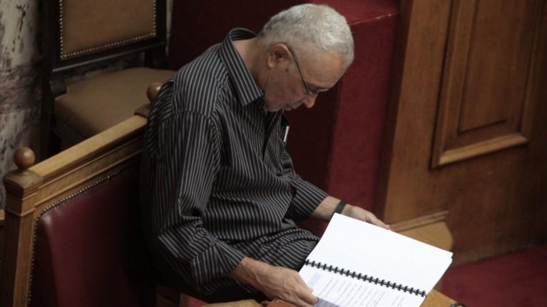 treis-grammes-email-i-paraitisi-zourari-ston-tsipra