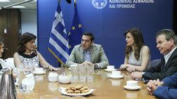 Με... συνταγή ΔΝΤ ο νέος «κόφτης» στα επιδόματα των τρίτεκνων