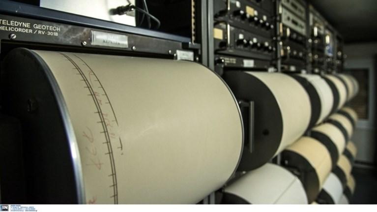 o-seismos-twn-44-rixter-tromakse-tin-athina-ti-lene-oi-seismologoi