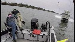 Ατύχημα που σοκάρει: Ταχύπλοο πέφτει πάνω σε βάρκα με ψαράδες (video)