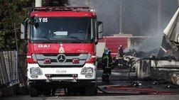 Φωτιά σε αποθήκη στον Κολωνό