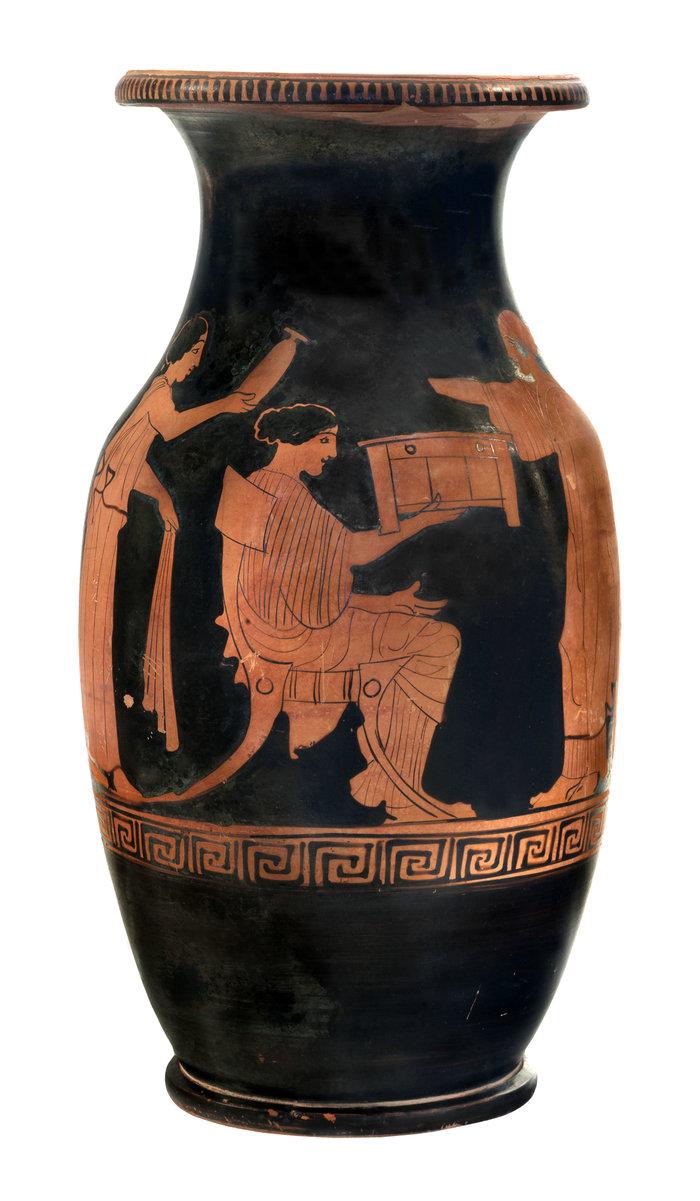 Ερυθρόμορφη όλπη από το Μόδι Λοκρίδας (440 π.Χ.)© ΕΑΜ, Σ. Μαυρομμάτης