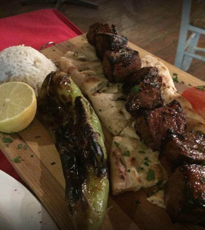 MasterChef: Δείτε το εστιατόριο του Σελίμ που θέλει να φάει ο Κοντιζάς - εικόνα 8