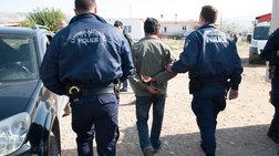 Δεκατρείς συλλήψεις στο κέντρο της Αθήνας για εμπορία ανθρώπων
