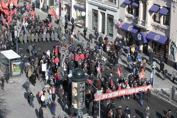 Παρέλαση για τα 100 χρόνια από την ίδρυση του Κόκκινου Στρατού