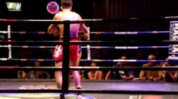 Έλληνας μαχητής του Muay Thai κερδίζει μέσα στην Ταϋλάνδη