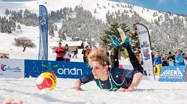 entupwsiase-to-1o-panellinio-prwtathlima-snow-volley-sta-kalabruta