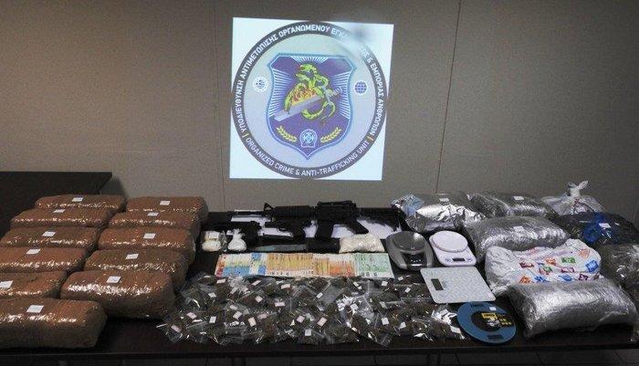 Εξαρθρώθηκε δίκτυο διακίνησης ναρκωτικών στα Εξάρχεια με 21(!) μέλη