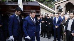 Βαθιά συγκίνηση στην κηδεία του Βασίλη Μουλόπουλου