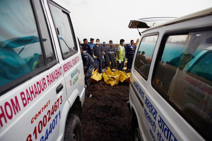 Πάνω από 50 νεκροί στη συντριβή αεροσκάφους στο Κατμαντού (φωτό&βίντεο)