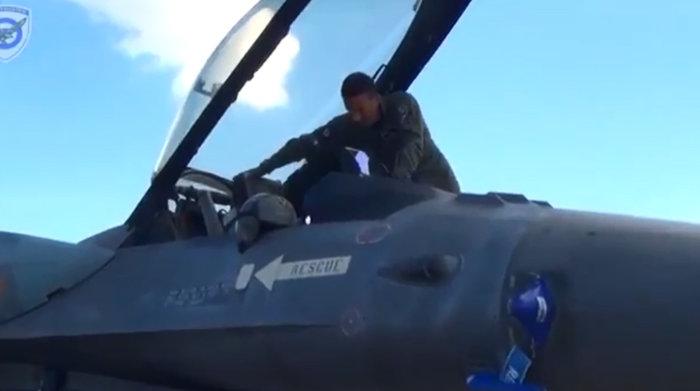 Ενας έλληνας ανάμεσα στους καλύτερους πιλότους στον κόσμο - εικόνα 3