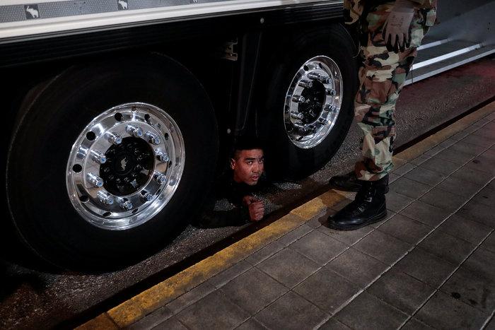 Μια σύγχρονη Οδύσσεια: Οι μετανάστες στο λιμάνι της Πάτρας - εικόνα 6