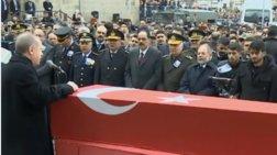 Ερντογάν σε ΕΕ: Θα ανοίξω τα σύνορα, δεν θα βρίσκετε τρύπα να κρυφτείτε