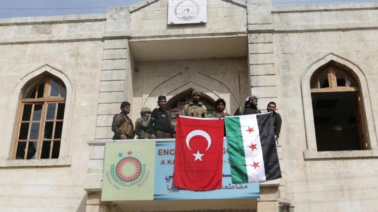 Οι τουρκικές δυνάμεις μπήκαν στο Αφρίν: «Το ελέγχουμε»